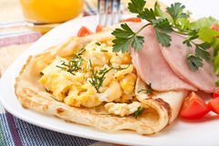 Free Pancakes With Scrambles Eggs And Ham Stock Photo - 39152810