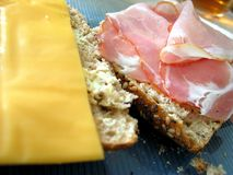 Pancetta affumicata e formaggio Fotografia Stock