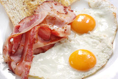Pancetta affumicata ed uova Fotografie Stock
