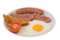 Pancetta affumicata, salsiccia, uovo, pane tostato Fotografie Stock Libere da Diritti