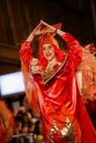 Pancevo, Serbia - 06 17 2017 Szczęśliwa dziewczyna w czerwieni ubraniach na carniv Obrazy Royalty Free