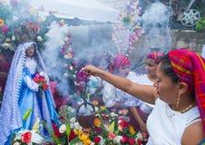 花&棕榈节日在Panchimalco,萨尔瓦多 库存图片