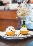 Panda del helado de la taza de la galleta de Nutella en el chocolate Fotografía de archivo libre de regalías