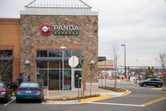 Panda Express är en av störst operatörer för Amerika ` som s presenterar ny och snabb kinesisk mat fotografering för bildbyråer