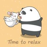 Panda und Katze in der Zeit sich zu entspannen lizenzfreie abbildung