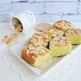 Pandan-peanut sponge cakes Stock Photography