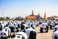 Pandas de Mache de papier dans tour du monde de 1.600 pandas à Bangkok Image libre de droits
