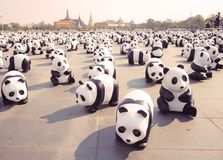 1600 Pandas+-Th, Document mache Panda's om 1.600 Panda's te vertegenwoordigen Royalty-vrije Stock Foto