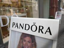 Pandora-Schmuckspeicher Stockbilder