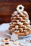 Pandoro意大利甜圣诞树 免版税图库摄影