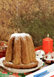 Pandoro - bolo italiano do xmas Foto de Stock