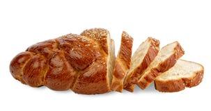 Pane affettato pagnotta lunga. Isolato su bianco Immagine Stock Libera da Diritti