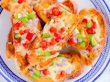 Pane all'aglio italiano di Bruschetta del dispositivo d'avviamento Fotografia Stock