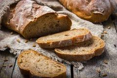 Pane casalingo fresco del grano intero Fotografia Stock