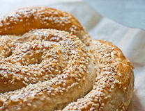 Pane con i semi di sesamo Fotografie Stock