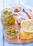 Pane con oliva Immagini Stock Libere da Diritti
