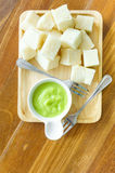 Pane cotto a vapore con la salsa pandan della crema immagine stock