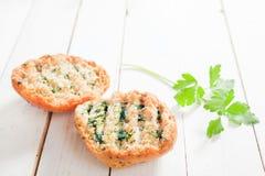 Pane croccante dorato arrostito delizioso dell'erba Fotografia Stock
