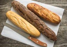 Pane dalla farina di frumento e della segale Fotografie Stock Libere da Diritti