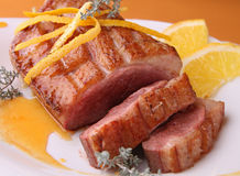 Pane dell'anatra e salsa arancione fotografia stock libera da diritti