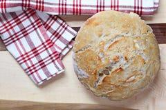 Pane dell'artigiano, vista casalinga e superiore Immagini Stock Libere da Diritti