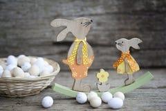 Pane di Pasqua ed uova di Pasqua, festival di Pasqua, decorazione sui giorni di Pasqua Fotografie Stock