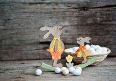Pane di Pasqua ed uova di Pasqua, festival di Pasqua, decorazione sui giorni di Pasqua Fotografia Stock