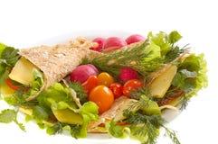 Pane di Pita con le verdure fotografie stock