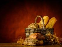 Pane e panino del canestro Fotografia Stock Libera da Diritti