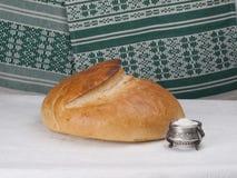 Pane e sale. immagine stock libera da diritti