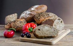 Pane ed olive Fotografia Stock Libera da Diritti