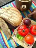 Pane fresco e verdure Fotografie Stock Libere da Diritti