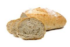 Pane integrale, isolato su fondo bianco Immagine Stock