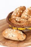 Pane integrale sano della farina dei semi di cereali destinati all'alimentazione Immagini Stock Libere da Diritti