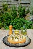 Pane italiano di Focaccia del rosmarino fotografia stock libera da diritti
