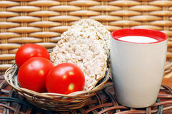 Pane, latte e pomodori Fotografia Stock