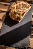 Pane nella tavola fotografia stock libera da diritti