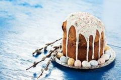 Pane ortodosso russo tradizionale di Pasqua - kulich Fotografia Stock Libera da Diritti