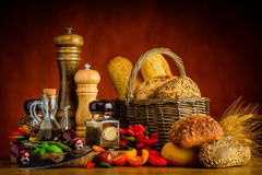 Pane, panino e spezie Immagine Stock