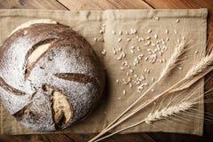 Pane sulla tabella Fotografia Stock