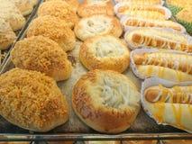 Pane sulla vendita al mercato Immagini Stock
