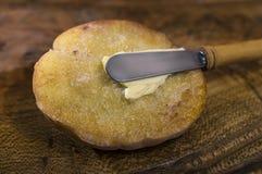 Pane tostato con burro Immagini Stock Libere da Diritti