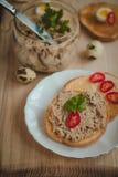 Pane tostato con patè casalingo Fotografia Stock Libera da Diritti