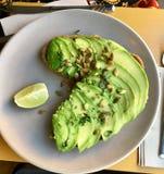 Pane tostato sano dell'avocado fotografia stock