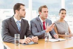 Panel av företags personaltjänstemän i regeringsställning arkivfoto