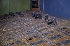 Panel de control de trabajo oxidado viejo Opinión del primer Foco selectivo Imagen de archivo libre de regalías