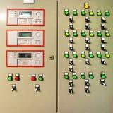 Panel de control y ajustes para los respiraderos y las calderas Foto de archivo libre de regalías