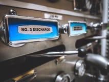 Panel för pump för brandlastbil Royaltyfri Foto