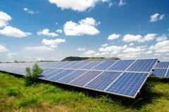 Panel słoneczny, photovoltaic, alternatywny elektryczności źródło, fotografia royalty free