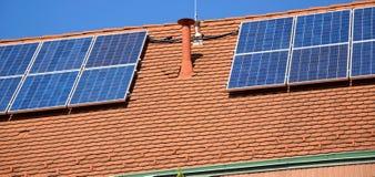panel słoneczny zadaszają Zdjęcia Royalty Free